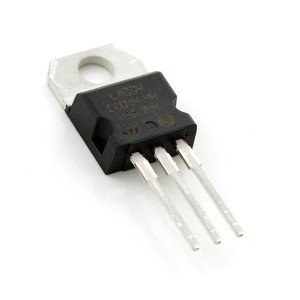 Regulador de tensión 3.3V